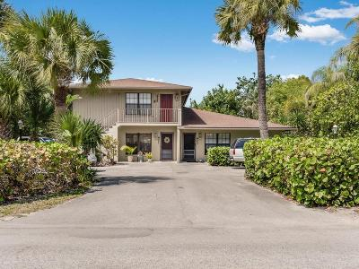 Vero Beach Multi Family Home For Sale: 925 Coquina Lane