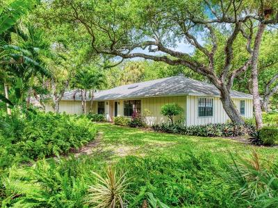 Castaway Cove Single Family Home For Sale: 1190 Pegasus Place