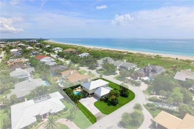 Castaway Cove Single Family Home For Sale: 1013 Olde Doubloon Drive