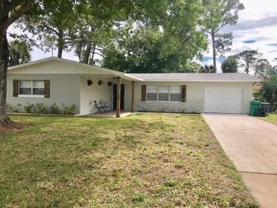 Fort Pierce Single Family Home For Sale: 7903 Lockwood Drive