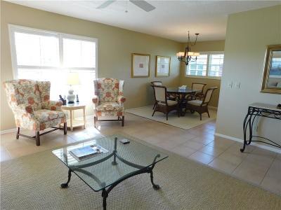 Vero Beach Condo/Townhouse For Sale: 37 Vista Gardens Trail #202