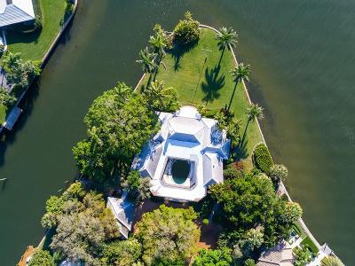 Vero Beach Single Family Home For Sale: 516 Bay Drive