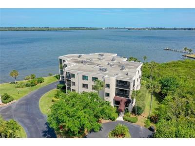 Sebastian Condo/Townhouse For Sale: 9612 Riverside Drive #204