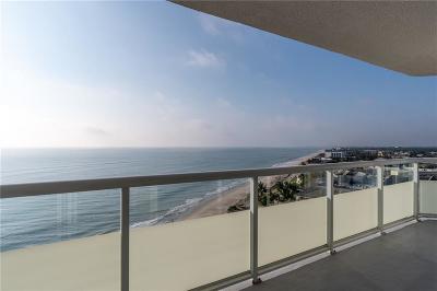 Vero Beach Condo/Townhouse For Sale: 3554 Ocean Drive #1004N