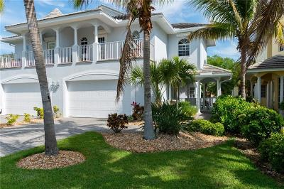 Melbourne, Melbourne Beach Single Family Home For Sale: 717 Spanish Moss Court