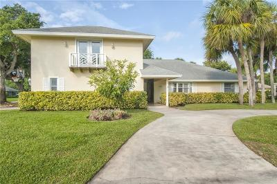 Castaway Cove Single Family Home For Sale: 1013 Poitras Drive
