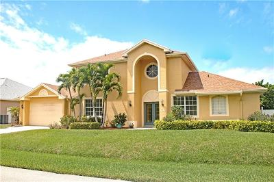Hutchinson Island Single Family Home For Sale: 107 Queens Road