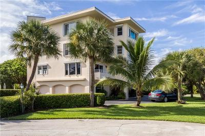 Vero Beach Condo/Townhouse For Sale: 1715 Ocean Drive #4C