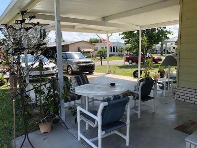 Sebastian Single Family Home For Sale: 718 Oleander Circle