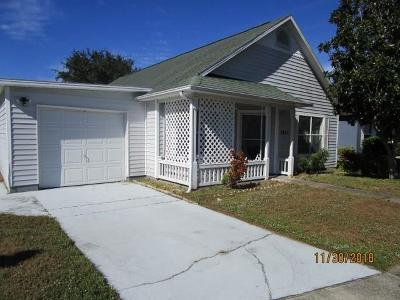 Melbourne, Melbourne Beach Single Family Home For Sale: 3835 Town Square Boulevard #28