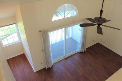 Vero Beach Condo/Townhouse For Sale: 1954 Westminster Circle #2