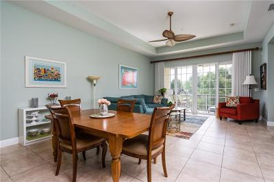Vero Beach Condo/Townhouse For Sale: 2360 Water Oak Court #323