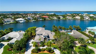 Vero Beach Single Family Home For Sale: 194 Spinnaker Drive