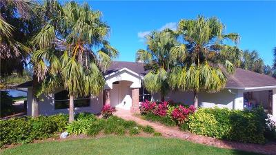 Vero Beach, Indian River Shores, Melbourne Beach, Sebastian, Palm Bay, Orchid Island, Micco, Indialantic, Satellite Beach Single Family Home For Sale: 7380 61st Street