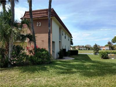 Vero Beach Condo/Townhouse For Sale: 23 Vista Gardens Trail #203