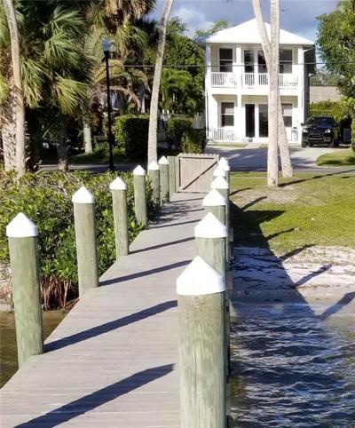 Sebastian Single Family Home For Sale: 949 Indian River Drive #A&B