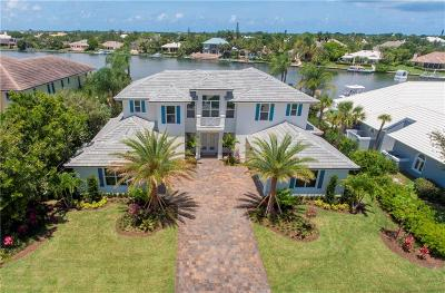 Vero Beach, Indian River Shores, Melbourne Beach, Sebastian, Palm Bay, Orchid Island, Micco, Indialantic, Satellite Beach Single Family Home For Sale: 184 Springline Drive