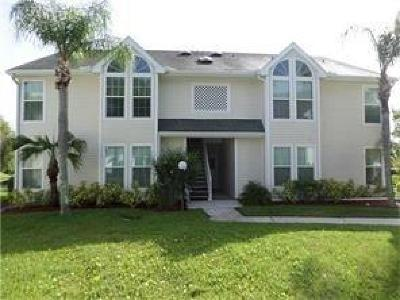 Vero Beach Condo/Townhouse For Sale: 1930 Westminster Circle #11-2