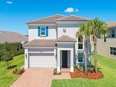 Vero Beach Single Family Home For Sale: 1782 SW Berkshire Circle