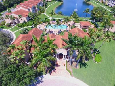 Vero Beach Condo/Townhouse For Sale: 1550 42nd Circle #209