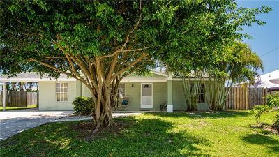Sebastian Single Family Home For Sale: 466 Perch Ln