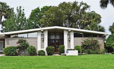 Sebastian Single Family Home For Sale: 952 Schumann Drive