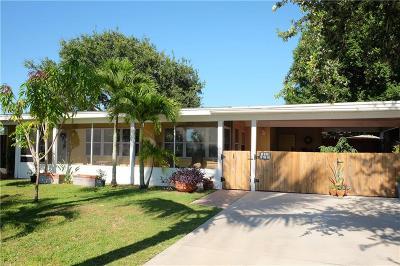 Vero Beach FL Single Family Home For Sale: $189,000