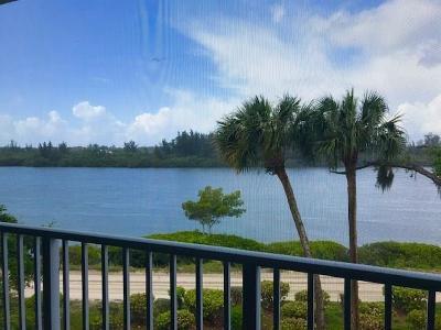 Vero Beach Condo/Townhouse For Sale: 8865 W Orchid Island Cir #210