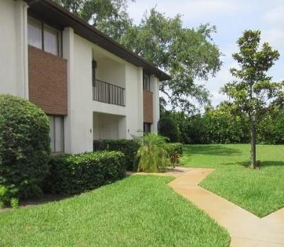 Vero Beach Condo/Townhouse For Sale: 1059 6th Avenue #C2