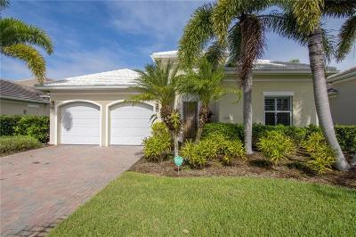 Vero Beach Single Family Home For Sale: 1025 Riverwind Circle