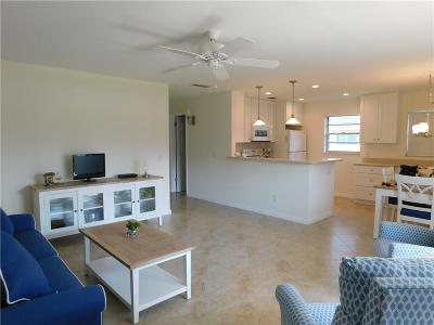 Vero Beach, Indian River Shores, Melbourne Beach, Melbourne, Sebastian, Palm Bay, Orchid Island, Micco, Indialantic, Satellite Beach Condo/Townhouse For Sale: 206 Vista Gardens Trail 206th #206