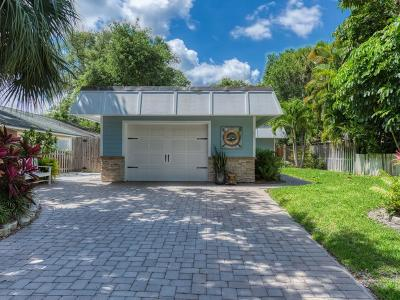 Vero Beach Single Family Home For Sale: 626 Dahlia Lane
