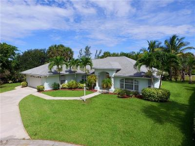 Vero Beach Single Family Home For Sale: 1356 Plato Court