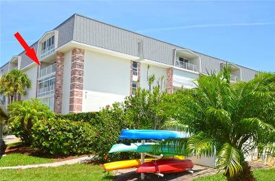 Vero Beach, Indian River Shores, Melbourne Beach, Melbourne, Sebastian, Palm Bay, Orchid Island, Micco, Indialantic, Satellite Beach Condo/Townhouse For Sale: 4601 Highway A1a #406
