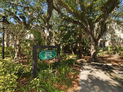 Vero Beach, Indian River Shores, Melbourne Beach, Melbourne, Sebastian, Palm Bay, Orchid Island, Micco, Indialantic, Satellite Beach Rental For Rent: 1315 Winding Oaks Circle #907