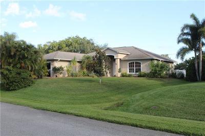 Sebastian Single Family Home For Sale: 533 Acacia Avenue