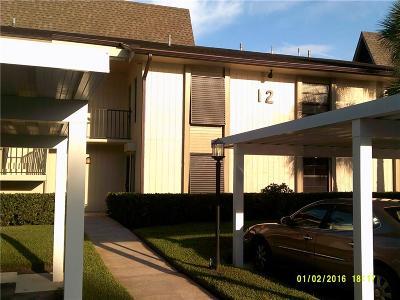 Vero Beach Condo/Townhouse For Sale: 12 Plantation Drive #103