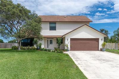 Vero Beach Single Family Home For Sale: 123 SW 19th Circle