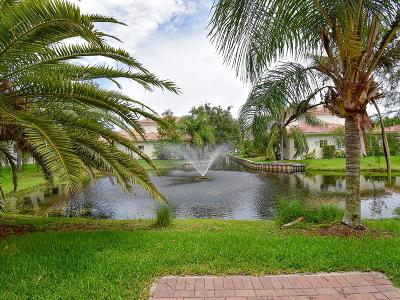 Vero Beach, Indian River Shores, Melbourne Beach, Melbourne, Sebastian, Palm Bay, Orchid Island, Micco, Indialantic, Satellite Beach Condo/Townhouse For Sale: 560 7th #101