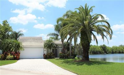 Vero Beach, Indian River Shores, Melbourne Beach, Melbourne, Sebastian, Palm Bay, Orchid Island, Micco, Indialantic, Satellite Beach Single Family Home For Sale: 1750 Aynsley Way