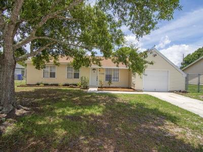 Single Family Home For Sale: 1055 SW 24th Place