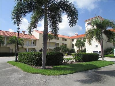 Vero Beach Condo/Townhouse For Sale: 5065 Harmony Circle #306