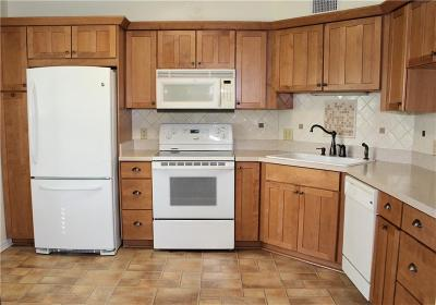 Vero Beach Condo/Townhouse For Sale: 1920 Westminster Circle #8