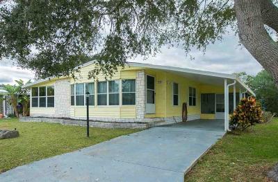 Sebastian Single Family Home For Sale: 717 Amaryllis Drive