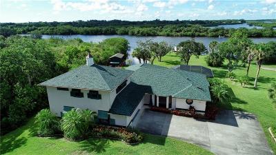 Micco Single Family Home For Sale: 9691 Mockingbird Lane