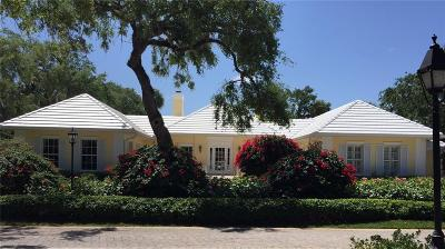 Vero Beach Single Family Home For Sale: 121 Shores Drive
