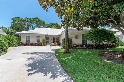 Vero Beach Single Family Home For Sale: 5787 Magnolia Lane