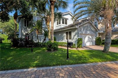 Vero Beach Single Family Home For Sale: 401 Peppertree Drive