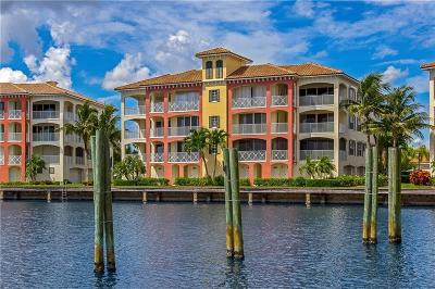 Vero Beach Condo/Townhouse For Sale: 5342 Harbor Village Drive #201