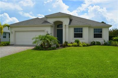 Vero Beach Single Family Home For Sale: 8317 Paladin